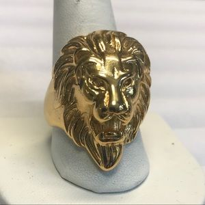 Size 12.5, Lion Ring